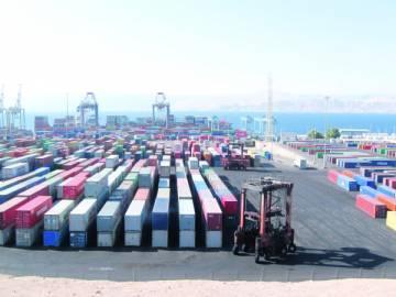 اخبار اضراب ميناء حاويات العقبة الخميس 4-12-2014